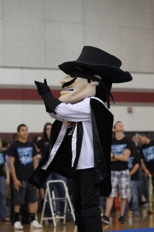 pep-rally-bs_8575