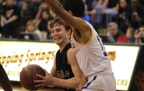 Varsity boys basketball team falls in second round