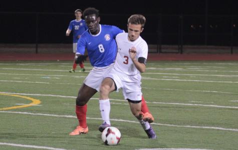 Varsity boys soccer on district win streak