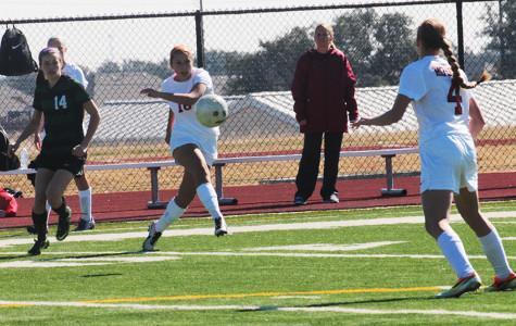 Varsity girls soccer makes playoffs, advances to second round