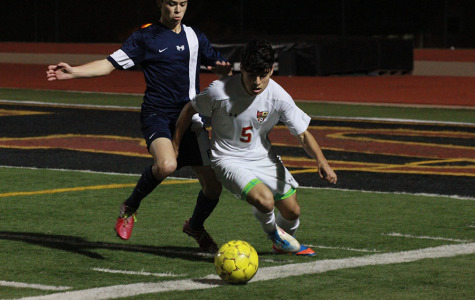 Varsity boys soccer wraps up season with 6-2 win
