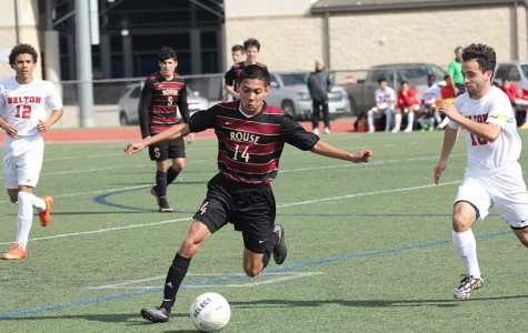 Boys soccer finishes first round of district
