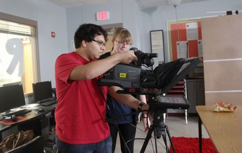 RNN staffers create daily broadcast