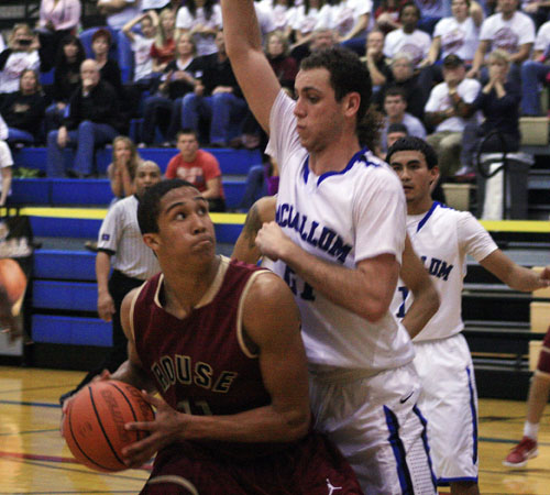 571_playoffs-mccallum-kl