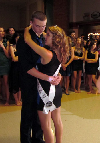 homecoming-dance-ss