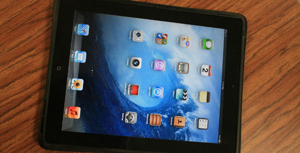 Pilot program brings iPads to all high school campuses