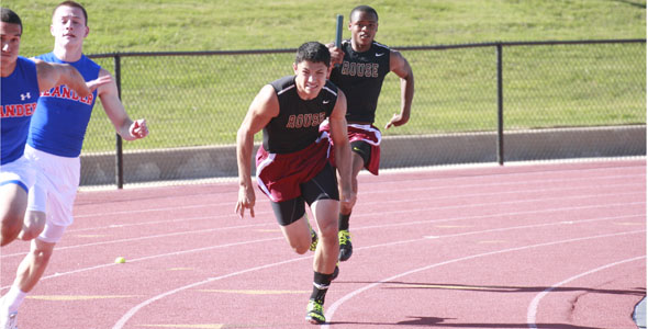 Five athletes advance to state track meet