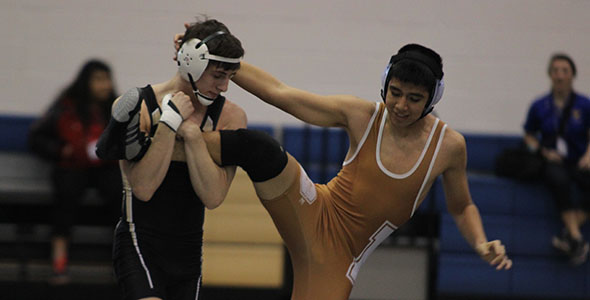 Seven wrestlers advance to state meet