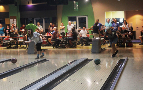 Faculty, staff bowl their way back to school