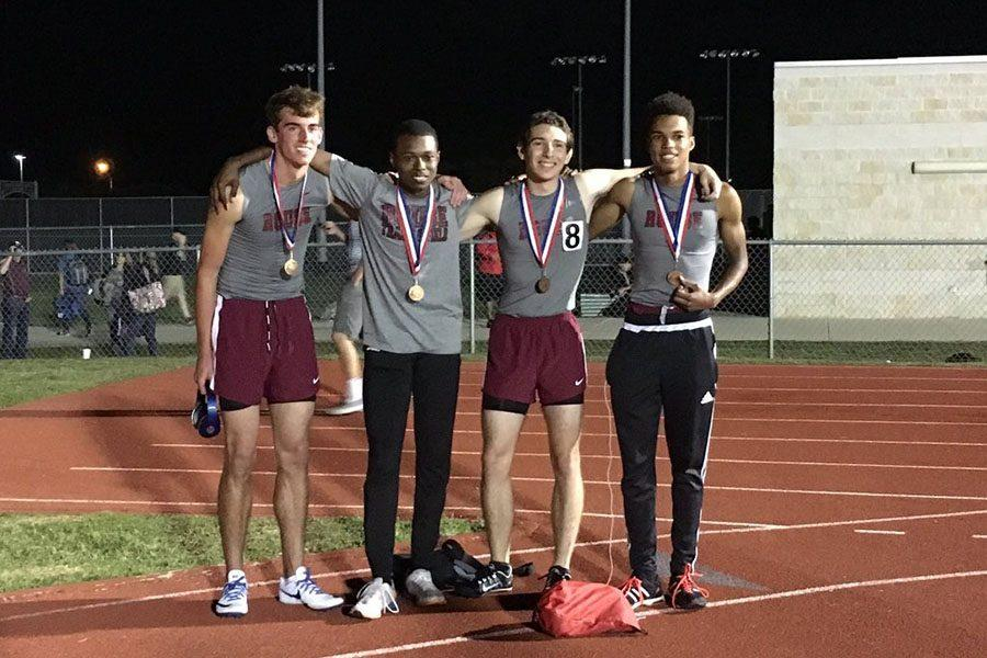 The+boys+4x400+relay+took+fourth+at+area.